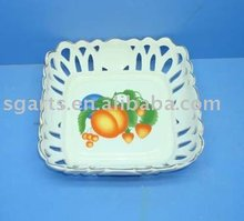 Square Shape Hollow Out Decoration White Ceramic Fruit Tray