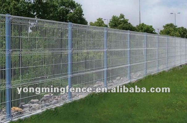 XM outdoor pvc trellis privacy screens with bending curves/professional manufacturer and exporter