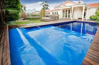 Solar pool covers heat retaining insulation swimming pool cover