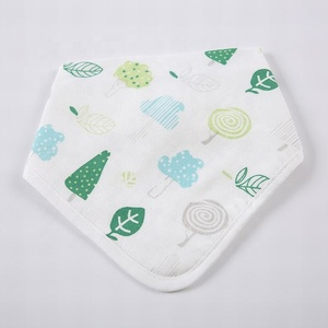 100% muslin cotton washable waterproof dual purpose white tree leaf print bany christmas bibs towel in stock