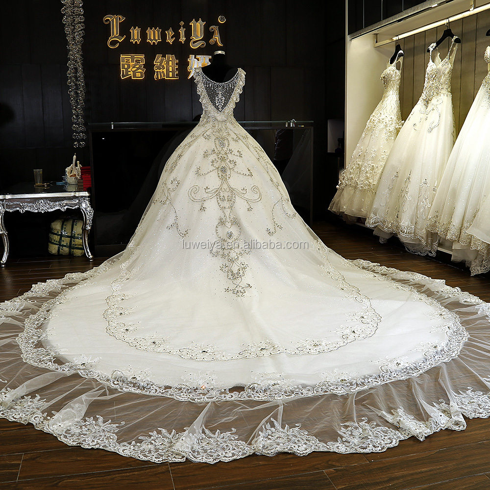Guangzhou Beautiful Luxurious Wedding Gowns Luweiya Custom Made ...