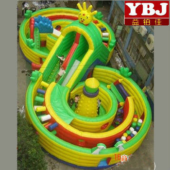 giant kids inflatable park