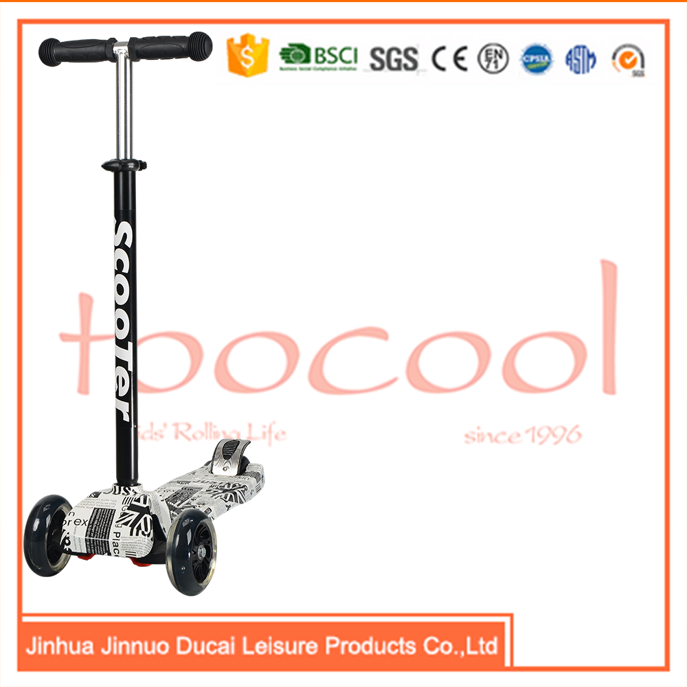 TC02 4 wheel guangzhou kids flicker scooter