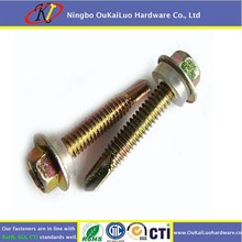 Self Drilling roofing screw with rubber washer