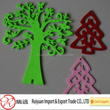 popular different Christmas felt tree