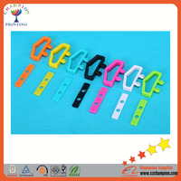 Different Color Wholesales PE/PP Packaging Plastic Handle/Hanger/Hook