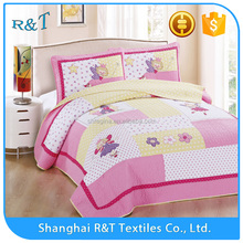 High Quality wholesale 100% cotton embroidery baby quilt designs for hot sale