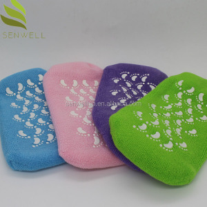wholesale moisturizing foot silicon Cooling spa gel heel socks