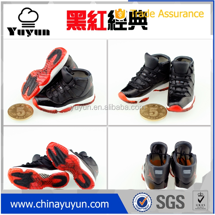 Free shipping new design Air Jordan 11 yeezy 350 v2 3d keychain