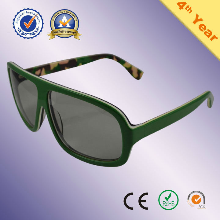 Modern Plastic Polarized 3d stereo viewer