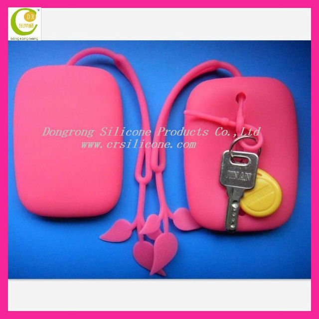 Beautiful hot leaf shape mini carrying silicone ladys bag key chain