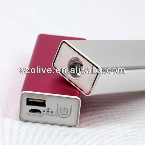 Compatible with tablet PC Mini/Nokia Lumia 920, 5600mah Portable Emergency aaa battery mobile phone charger