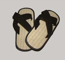 2013 yangzhou cheap bamboo indoor slipper