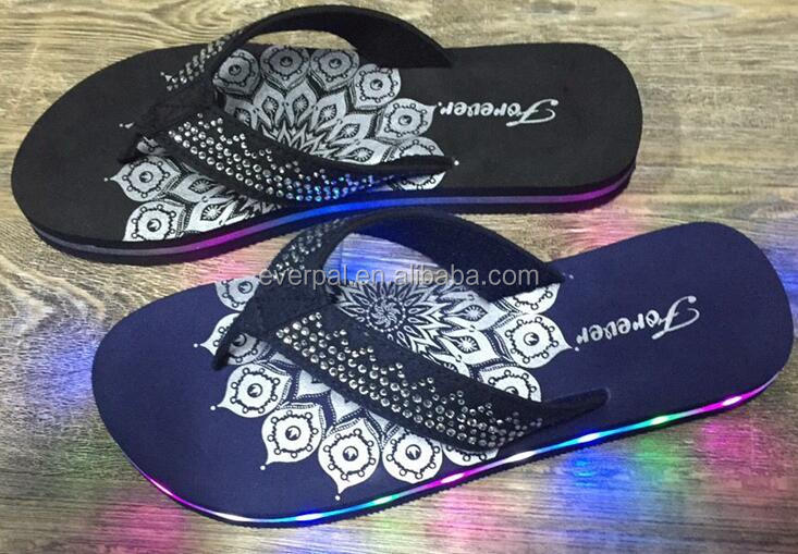 Ladies Flip Flops Beach Led With Rhinestones