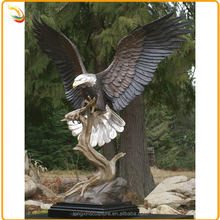 Life Size Eagle Garden Sculpture Bronze Outdoor Eagle Statues For Decor
