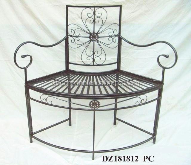 vintage metalen gietijzeren bankje in het park tuinstoel metalen stoelen product ID 60141000030