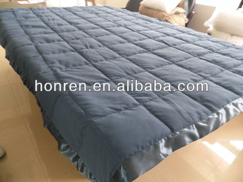 quilt wool blanket with fashionable classic design