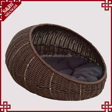 High quality eco-friendly hand craft rattan portable round pet dog bed indoor cat house