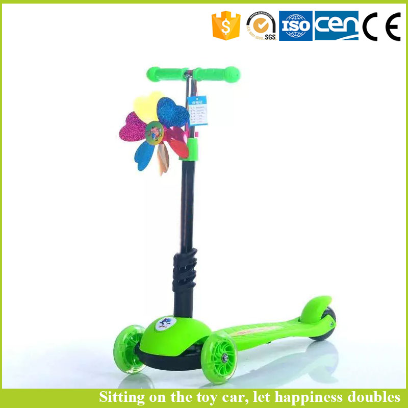 2017 hot sale fashion style kids 3 wheel scooter with CE Certificate