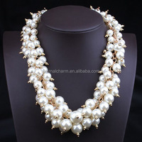 chunky pearl necklace costume jewelry