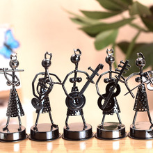 Home Furnishing Decoration Hand Made Iron Wire Girl Band Model Arts Crafts
