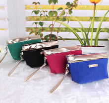 High-quality promotional velvet material cosmetic bag for cosmetics packing luxury