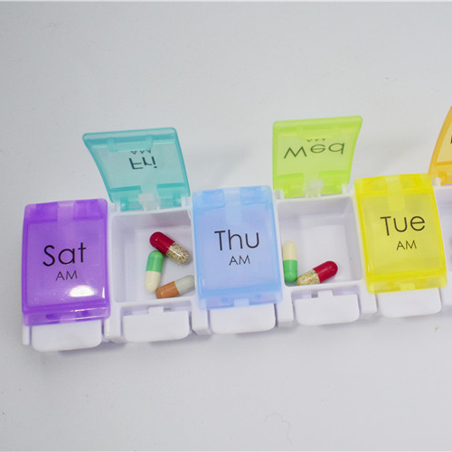 Pill box <strong>P07</strong>:BPA Free 7 Day Weekly Pill Organizer box/Travel Pill Box Case with Unique Spring Assisted Open Design
