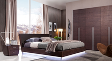 2016 Hot Sale Modern Fashion Designs Red Wood queen size Bed Set For Home Use Or Villa Use