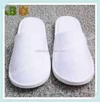 White Disposable Closed Toe Slippers Hotel Products