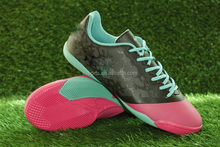 Excellent Soccer Cleats specially tailored for Artificial surfaces!