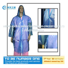 disposable raincoat,raincoat with a pouch,ladies in plastic raincoats