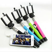 extendable mono pod with universal holder for cellphone