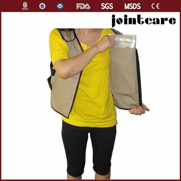 Hot weather body protective gel ice cooling vest for workers