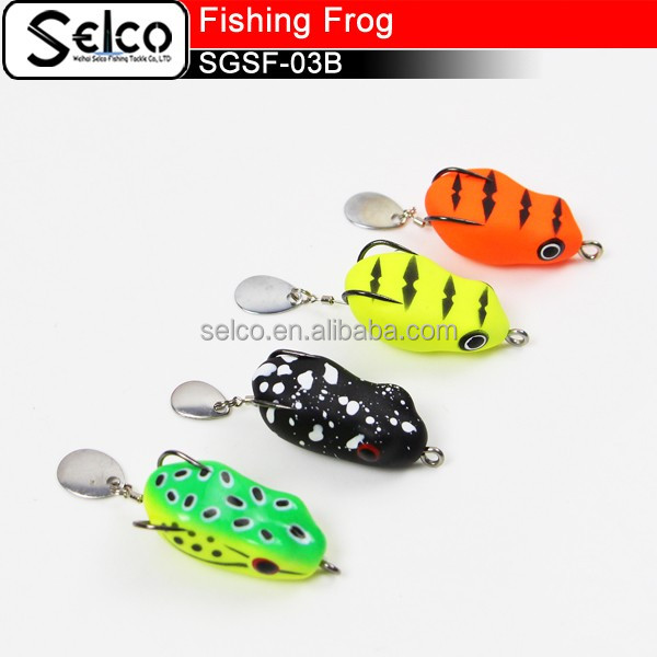 40mm/8g Colorful artifical floating soft fishing frog with blade