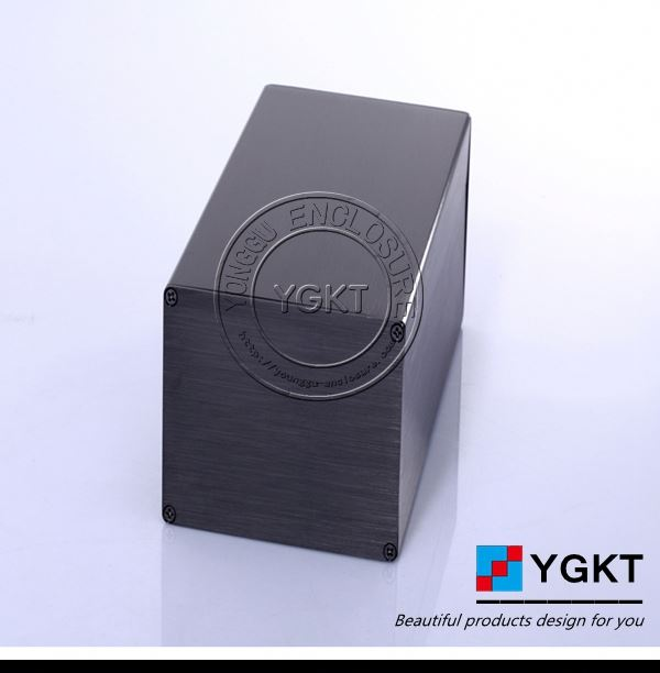 small aluminum box with hing