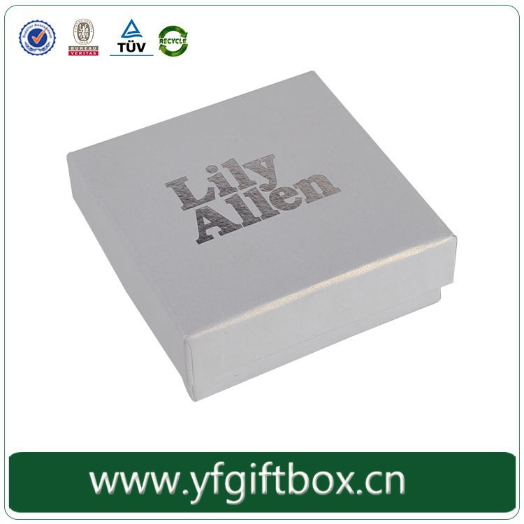 China Manufacturer Wholesale Elegant Beautiful Necklace Jewelry Packaging Paper White Square Cardboard Box Jewelry Packaging