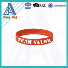 2016 new promotional sports charming thin silicone bracelet