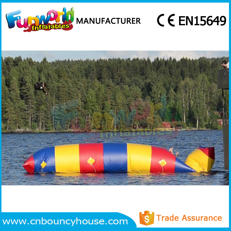 Jumping water blob launch inflatable water catapult blob