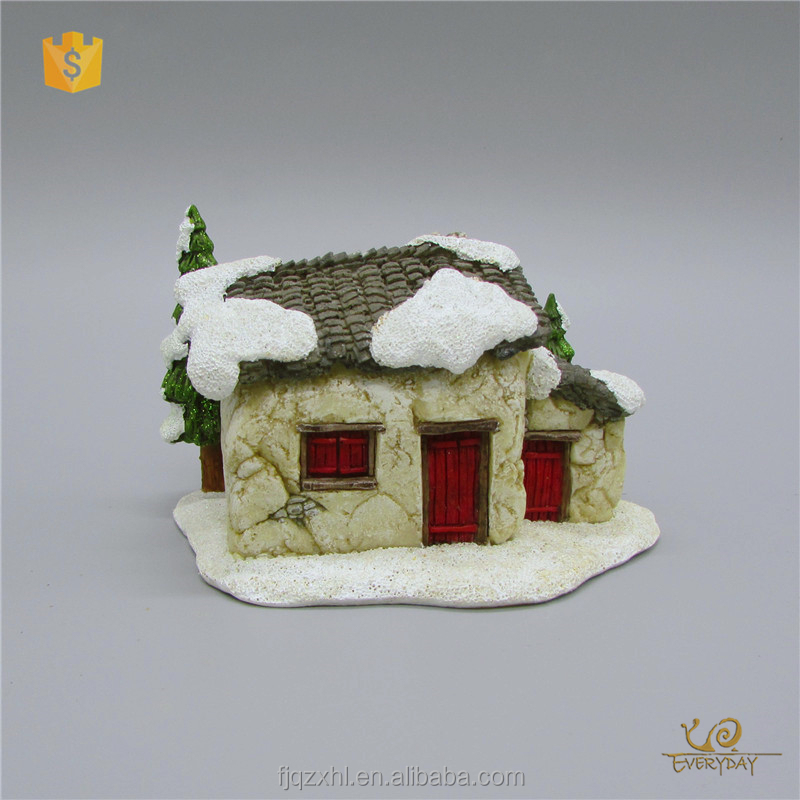 ED12494A Polyresin Personalized Christmas Ornaments Custom Christmas Village Houses Miniature