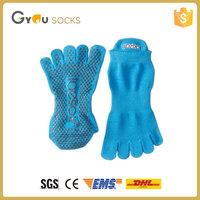 Japanese Cheap Cotton Gel Finger Injinji NylonYoga Five Split Toe Socks With Rubber Grips
