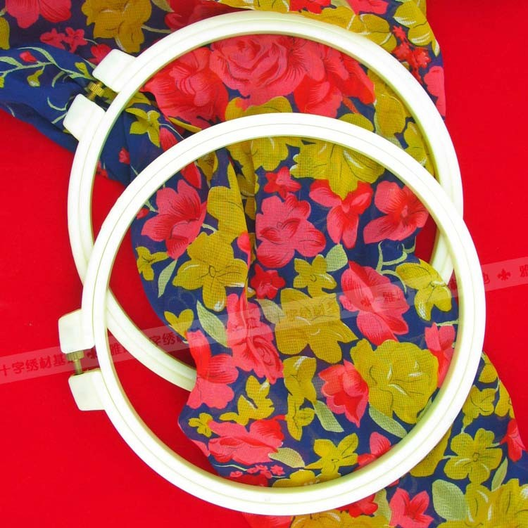 New design Plastic hoop craft hoop with round Frame made in China