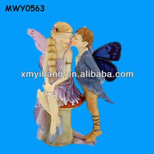 Porcelain kissing decorative Mini Fairy Figurines Wholesale