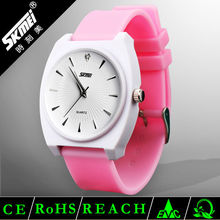 wholesale 2012 ladies alloy vogue watches fashion japanese quartz movement watches