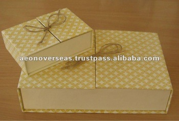 Custom printed Premium Gift Packaging Box with partitions