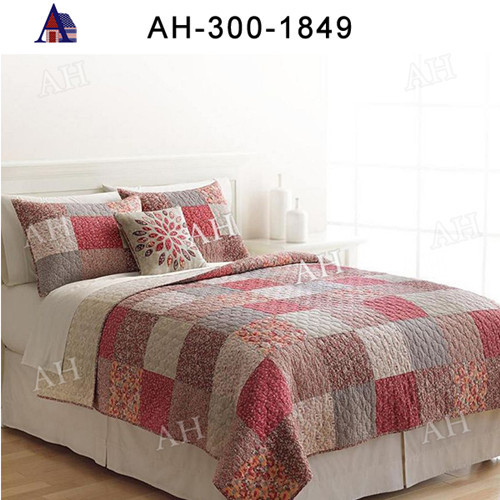 Fancy Indian Cotton Machine Quilted Bedspread