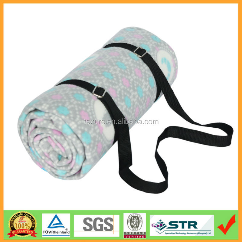 Roll-up cosy fleece flower pattern printed waterproof picnic blanket with shoulder belt