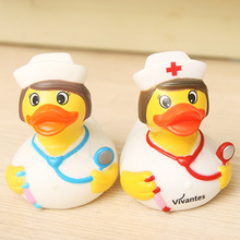 2 peces Baby Kids nurse rubber duck floating Ducks, 1 set retail Bath hospital nurse duck Toys Water Fun Game Playing for kids