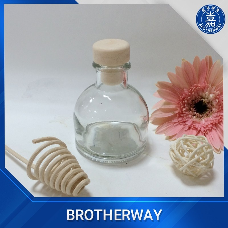 Chinese manufacture square aroma glass reed diffuser bottle