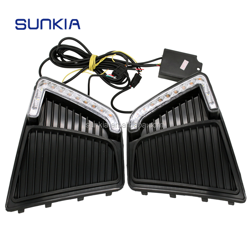 Car Styling LED DRL Daytime Running Light Fog Lamp Specific for Hyundai IX25 Creta 2015 with Yellow Turn Signal Function