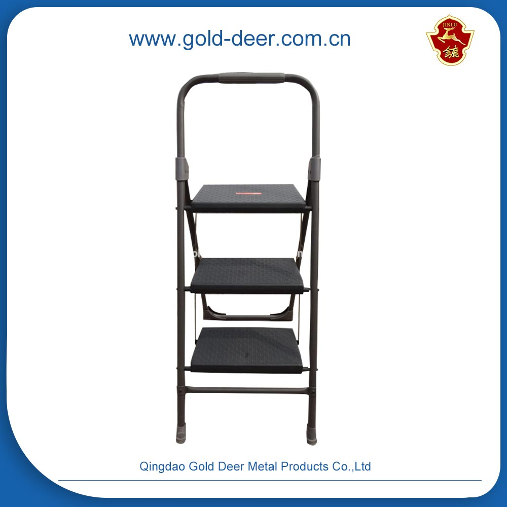 Competitive Price two steel step ladder with handle